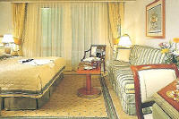 Crystal Luxury Cruises Harmony: PH With Veranda