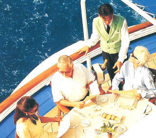 7 Seas Cruises Luxury Silversea Attire