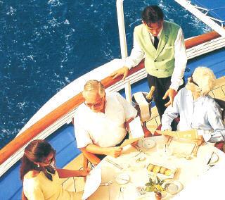 7 Seas Cruises Luxury Silversea Attire