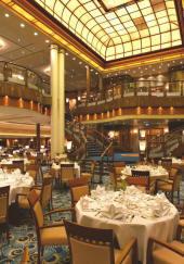 Luxury Queen Mary 2, Britannia