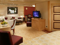 Cunard Cruise Line QE, QM, QV, Queen Victoria, Queen Mary 2, Queen Elizabeth Penthouse Suite Category Q4 - Deluxe Cruises
