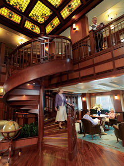 7 Seas LUXURY Cruise Cunard Cruise Queen Mary 2 qm 2 Library