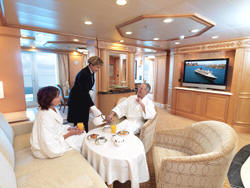 7 Seas LUXURY Cruise Cunard Cruise Queen Mary 2 qm 2 Q2 Master Suites