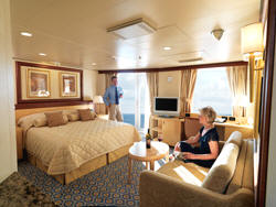 7 Seas LUXURY Cruise Cunard Cruise Queen Mary 2 qm 2 Q5 Queens Suites