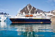 Singles Cruise - Balconies-Suites National Geographic Cruise Lindblad 2015
