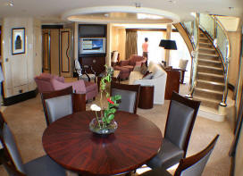 Charters, Groups, Penthouse, Balcony, Windows, Owner Suite, Veranda - Cruises Queen Mary 2 Cat Q1 Grand duplex Living Room 2017/2018